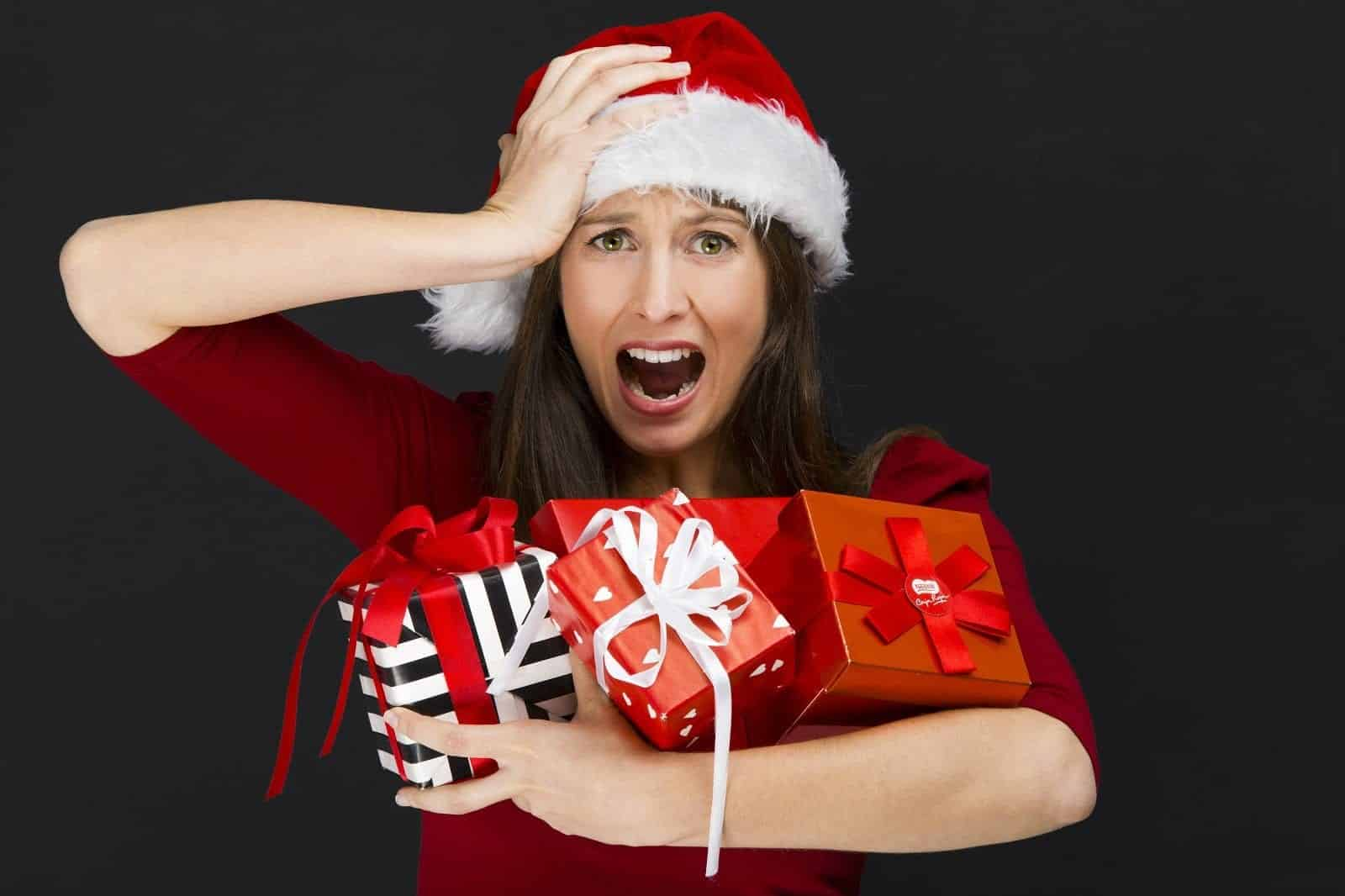 woman experiencing holiday anxiety how to use positive psychology during holidays